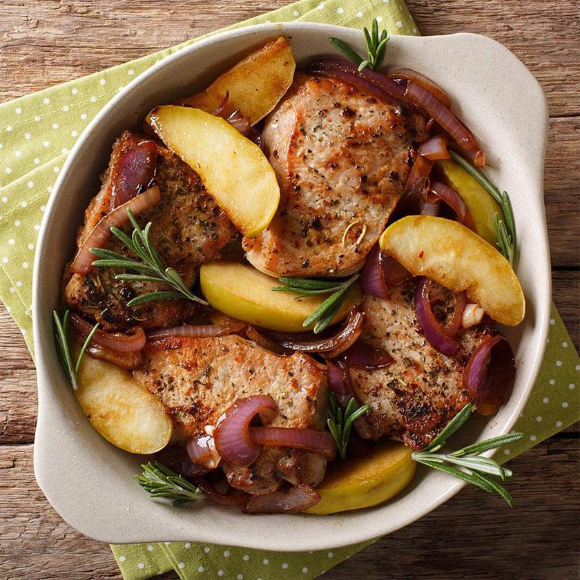 Lomo-de-cerdo-con-manzana-y-cebolla-a-la-plancha-dieta keto-Nutricional-recetas